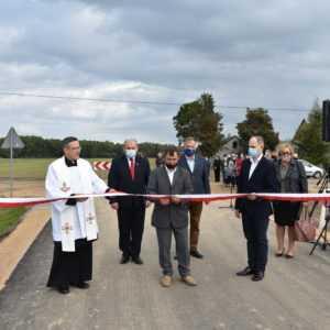 Droga w Żelechach oficjalnie otwarta. Dzięki wsparciu samorządu województwa mazowieckiego [FOTO-VIDEO]